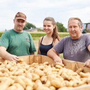 Familie Fink/Ludescher, Lerchenauerhof, Ländle Kartoffel, Foto: Christoph Pallinger